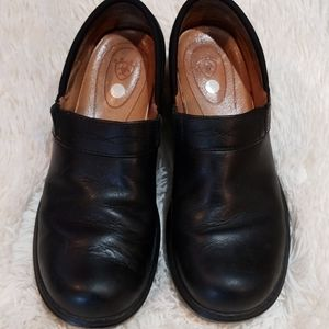 Ariat black clogs